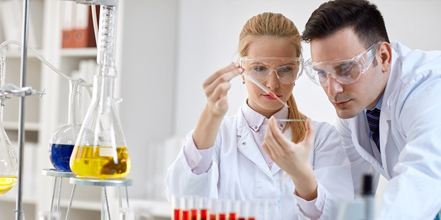 Laboratorijski  aparati I  potrošni material